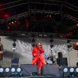Doctor and the Medics round off a super Sunday